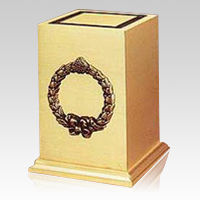 Victory Wreath Cremation Urn