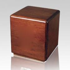 Majestic Wood Cremation Urn II